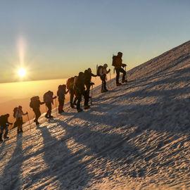 Восхождение на Эльбрус с Юга. Комфортный тур по классическому маршруту
