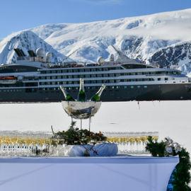 Новый год за полярным кругом Антарктиды
