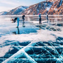 Праздничный тур по льду Байкала на 8 марта