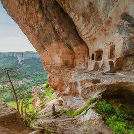 Треккинг от пещерных городов до Черного моря