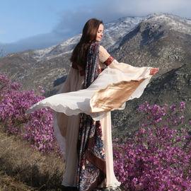 Весна на Алтае. Цветение маральника, 5 дней