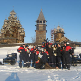 Зимние Кижи: снегоходное сафари