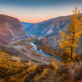 Осенние краски Уймонской долины