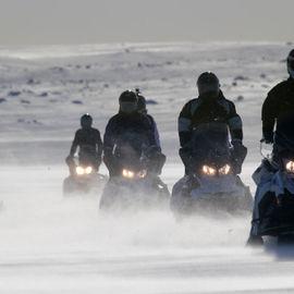 Белое Безмолвие. Снегоходная экспедиция к Баренцеву морю