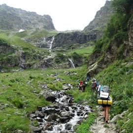Горные озера и водопады Архыза. Пеший тур с рюкзаками