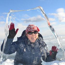 Сияние Байкальского льда и прогулки на коньках