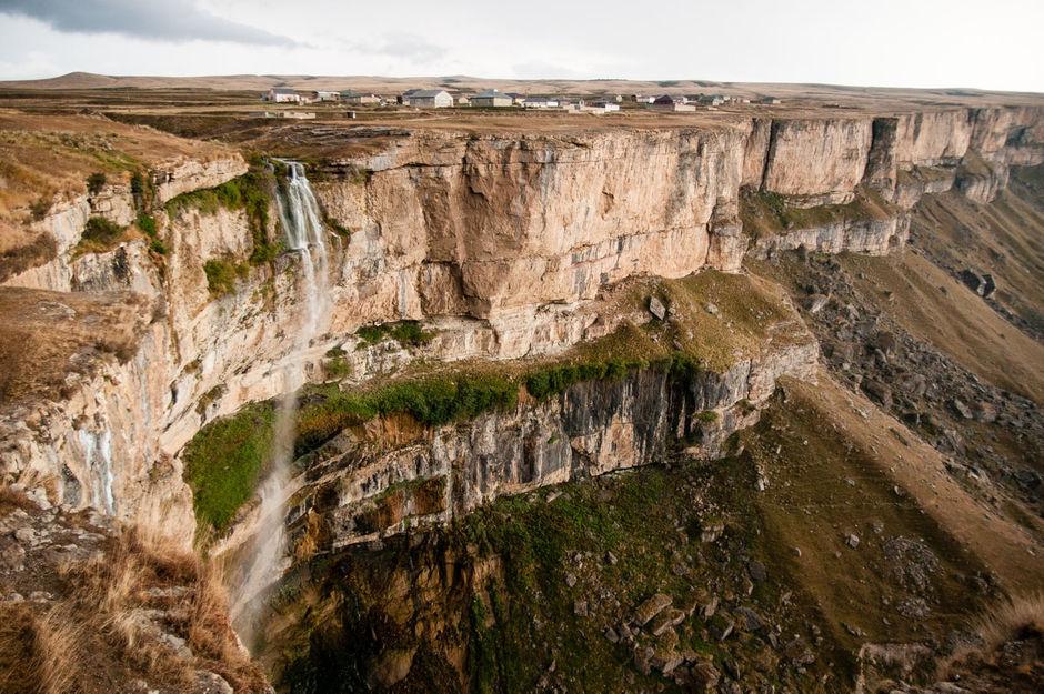 Водопад Тобот